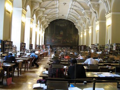 Barokní čítárna v Klementinu