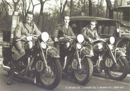 sjezd mopedů