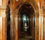 Zrcadlový labyrint a zvony na Petříně